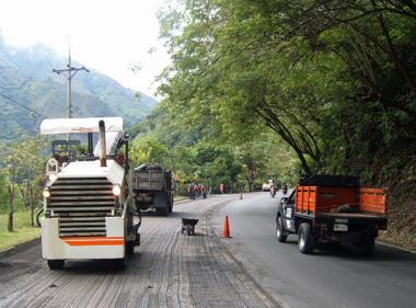 CARRETERA SANTA CECILIA - PUEBLO RICO - APIA